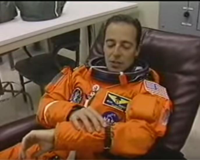 STS_66_2.jpg